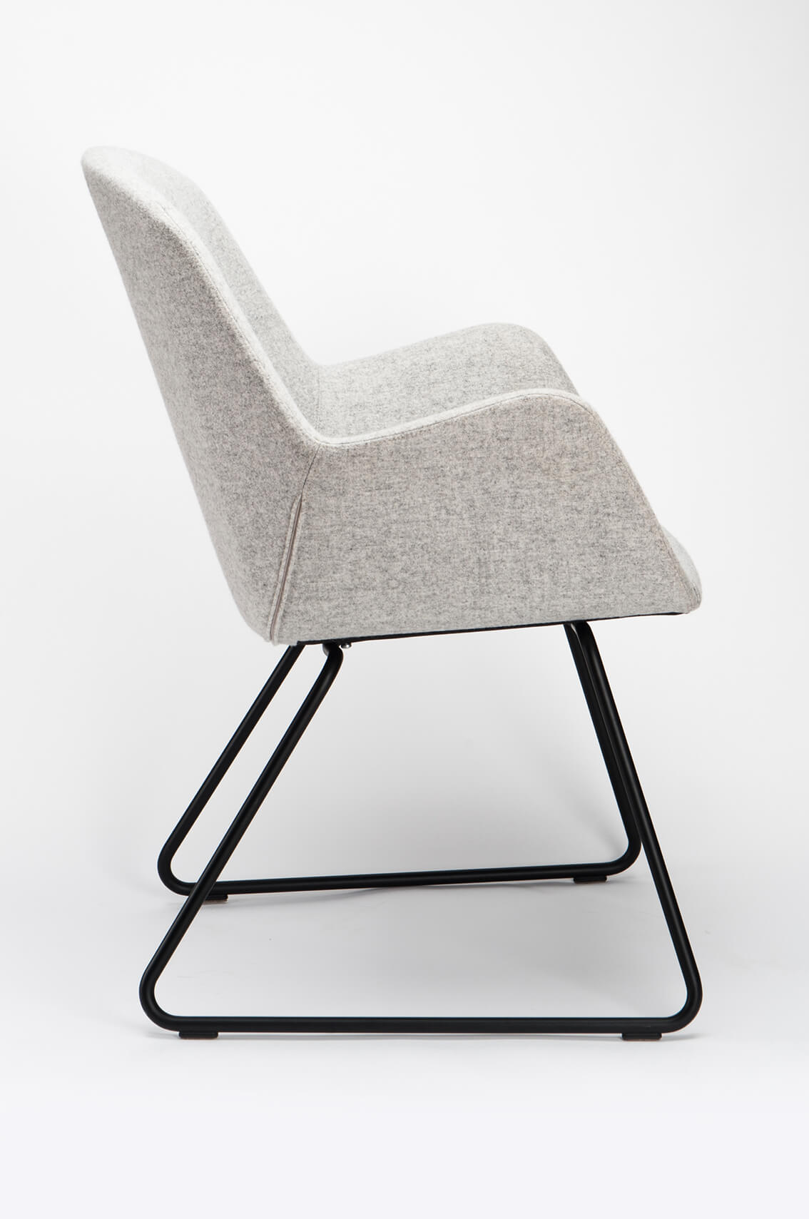 lucyd_PULSE_CHAIR2_quer