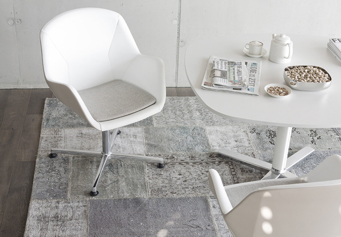 lucyd_PULSE_CHAIR3_quer